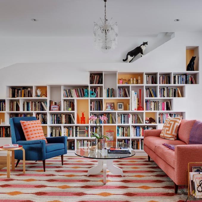 cette maison est faite pour les amateurs de livres et de chats ikimo9. Black Bedroom Furniture Sets. Home Design Ideas